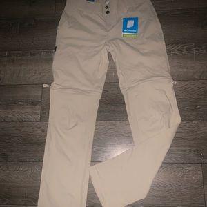 Women's Columbia Omni-shield khaki shorts pants